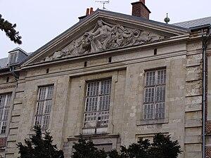 Théophile Bra - Pediment of the Hôpital-Général de Douai