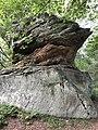 Höchster Felsen der Rauen Steine im Naturpark Habichtswald bei Wolfhagen.jpg