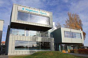 Gjøvik University College - Image: Høgskolen i Gjøvik med hovedbygningen