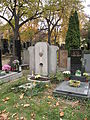 Hřbitov Malvazinky (064).jpg