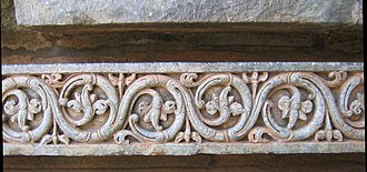 Scroll (art) - Band of running scroll decoration on the 12th-century Indian Hoysaleswara Temple