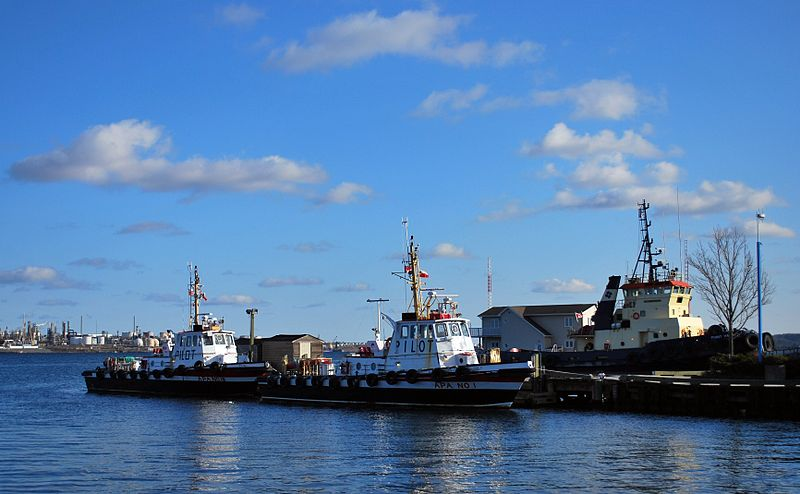 File:Halifax tugboats -a.jpg