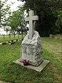 Hepworth War Memorial (geograph 5068175).jpg