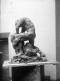Hercule terrassant le lion sculpture d'Alfred Marzolff photographié par Lucien Blumer (1).png