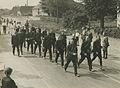 Het detachement van de Rotterdamse politie op het parcours van 50 km. op de Mook – F40377 – KNBLO.jpg