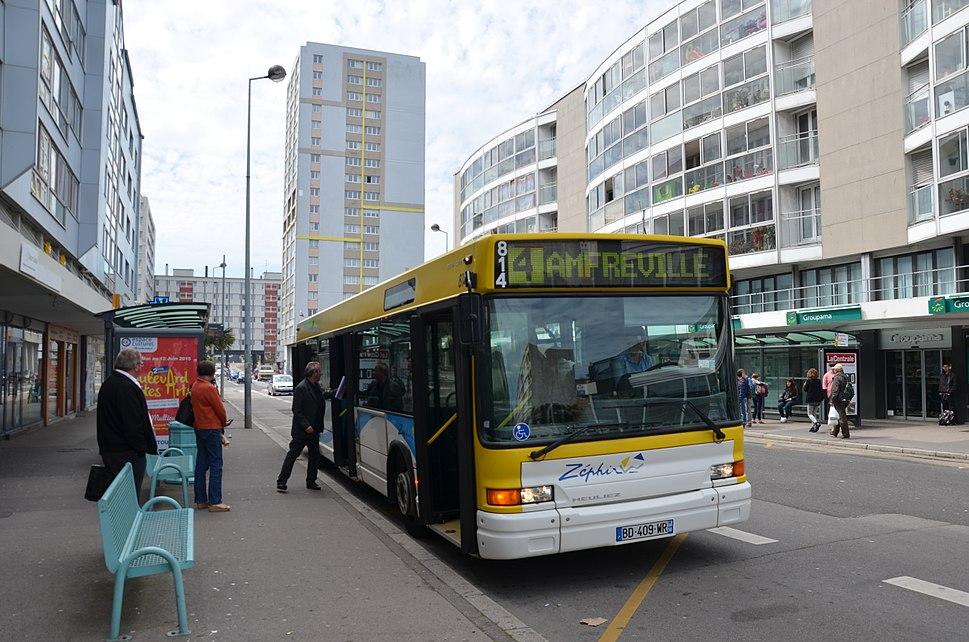 Heuliez GX 317 n%C2%B0814 Schuman - Z%C3%A9phir Bus