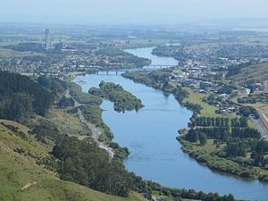 Huntly, New Zealand - Waikato River, Huntly and Huntly power station from Hakarimatas in 2012