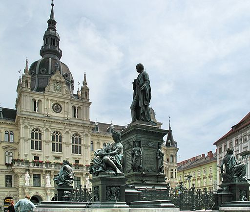 IMG 0390 - Graz - Hauptplatz and Rathaus