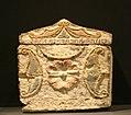 IMG 1086 - Perugia - Museo archeologico - Urna dall'ipogeo dei Satna II-I sec. a.C. - 7 ago 2006 - Foto.jpg