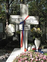 Illovszky Rudolf sírja.jpg