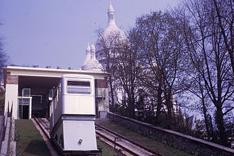 Montmartre Funicular - A cabin in 1963, after the first renovation.