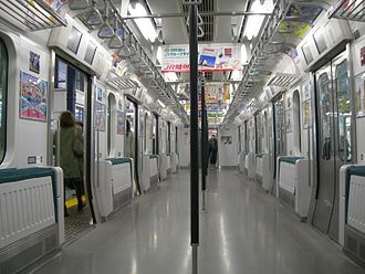Yamanote Line - Former E231-500 series 6-door car with the seats folded up, January 2010