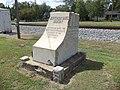 Jefferson Davis Highway memorial (NE corner), Ashburn.JPG