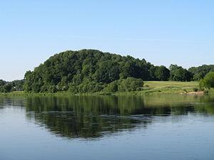 Jiesios piliakalnis 2007-06-09