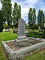 John William Ellis grave.jpg