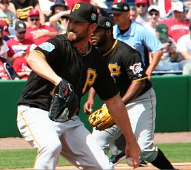 Jon Niese Pirates.jpg