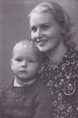 Juha Vainio - Juha Vainio with his mother Kaarina