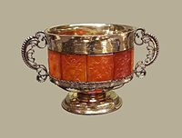 Königsberg Bowl with amber panels.jpg