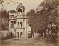 KITLV 91963 - Unknown - Gateway to the Sikandar Bagh in Lucknow in India - Around 1860.tif