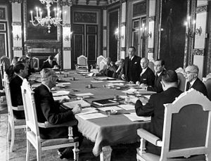 De Jong cabinet - The first meeting of the Council of Ministers on 7 April 1967.