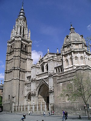 Toledo Cathedral - The main façade, from the Plaza del Ayuntamiento.