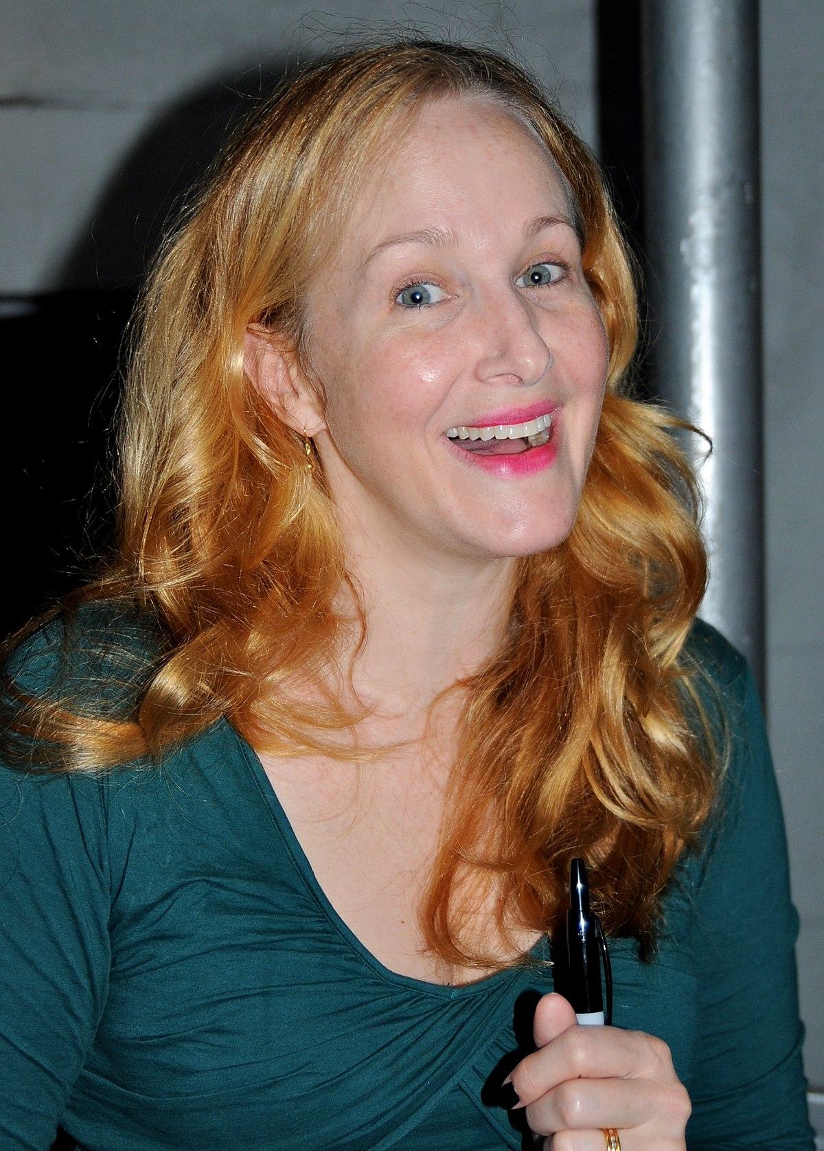 Tsianina Joelson,Helen Hunt born June 15, 1963 (age 55) XXX fotos Zoe Incrocci,Constance Collier