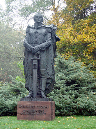 Casimir Pulaski - Statue of Pulaski at the Kazimierz Pułaski Museum in Warka, Poland.