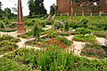 Kenilworth Castle Gardens (9812).jpg