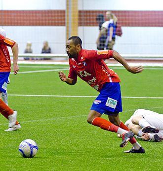 Kevin Amuneke - Amuneke playing for Öster in 2012.