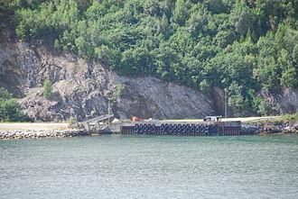 Kjerringvik - View of the old ferry quay