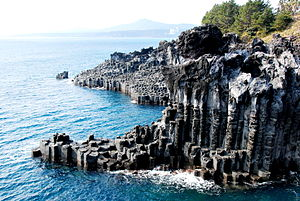 Geography of Korea - Jeju Island seashore