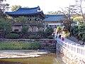 Korea-Naksansa 2152-07 grounds.JPG