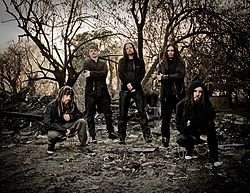 Z ľava: Reginald Arvizu, Ray Luzier, Jonathan Davis, James Shaffer a Brian Welch.