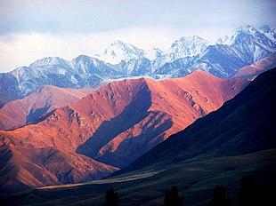 Scorcio delle montagne Alatau