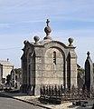 La Guerche-de-Bretagne (35) Cimetière - Chapelle funéraire du clergé paroissial - 01.jpg