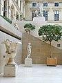 La cour Marly (musée du Louvre) (8213617638).jpg