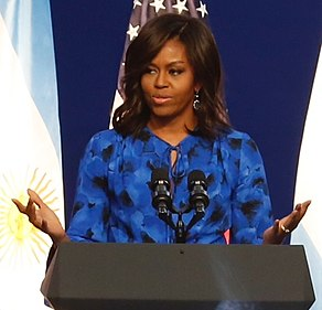 La primera dama Michelle Obama (25377580064) (cropped).jpg