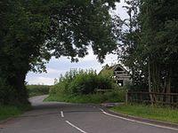 Lane passing a rotting barn - geograph.org.uk - 913388.jpg