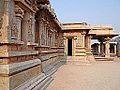 Le temple Hazara Rama (Hampi, Inde) (14119044140).jpg