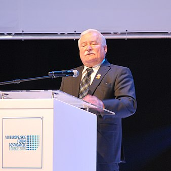 Lech Walesa, Lodz VIII European Economic Forum, October 2015 01.jpg