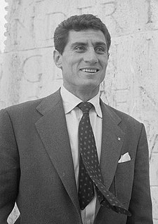 Lefter Küçükandonyadis Turkish footballer