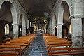 Lezardieux, nave of church, 2017.jpg
