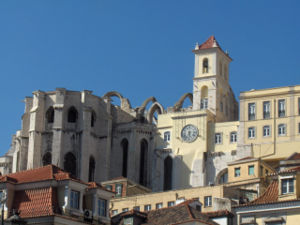 Carmo Convent (Lisbon) - View on the apse of the Carmo Convent (as seen from the Rossio square)