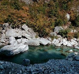 Valbona (river) - Image: Lugina e Valbones, Tropoje 01