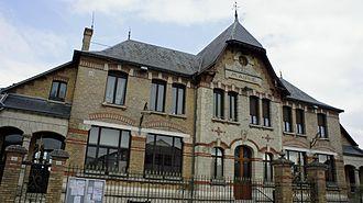 Acy-Romance - Town hall