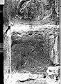 Maison dite de Nicolas Flamel - Détail de la façade, Personnage assis et lisant - Paris - Médiathèque de l'architecture et du patrimoine - APMH00015952.jpg