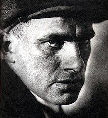 Vladimir vladimirovich mayakovsky quotes