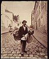 Marchard d'abat-jour, rue Lepic.jpg