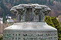 Maria Wörth Friedhof Glocke 1959 von Helmut Horten gestiftet Glockenkopf 05122018 6401.jpg