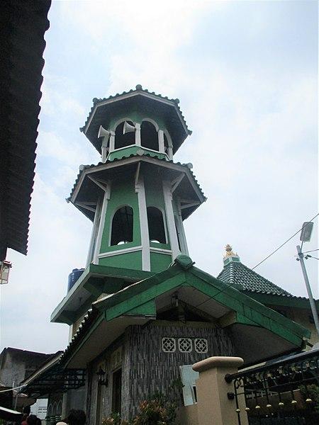 Berkas:Masjid Jami Kalipasir in Tangerang, Banten.jpg